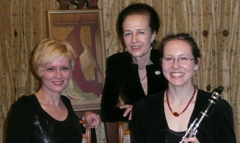 Dorine Tolley, Johanna Petsche and Donna Cain